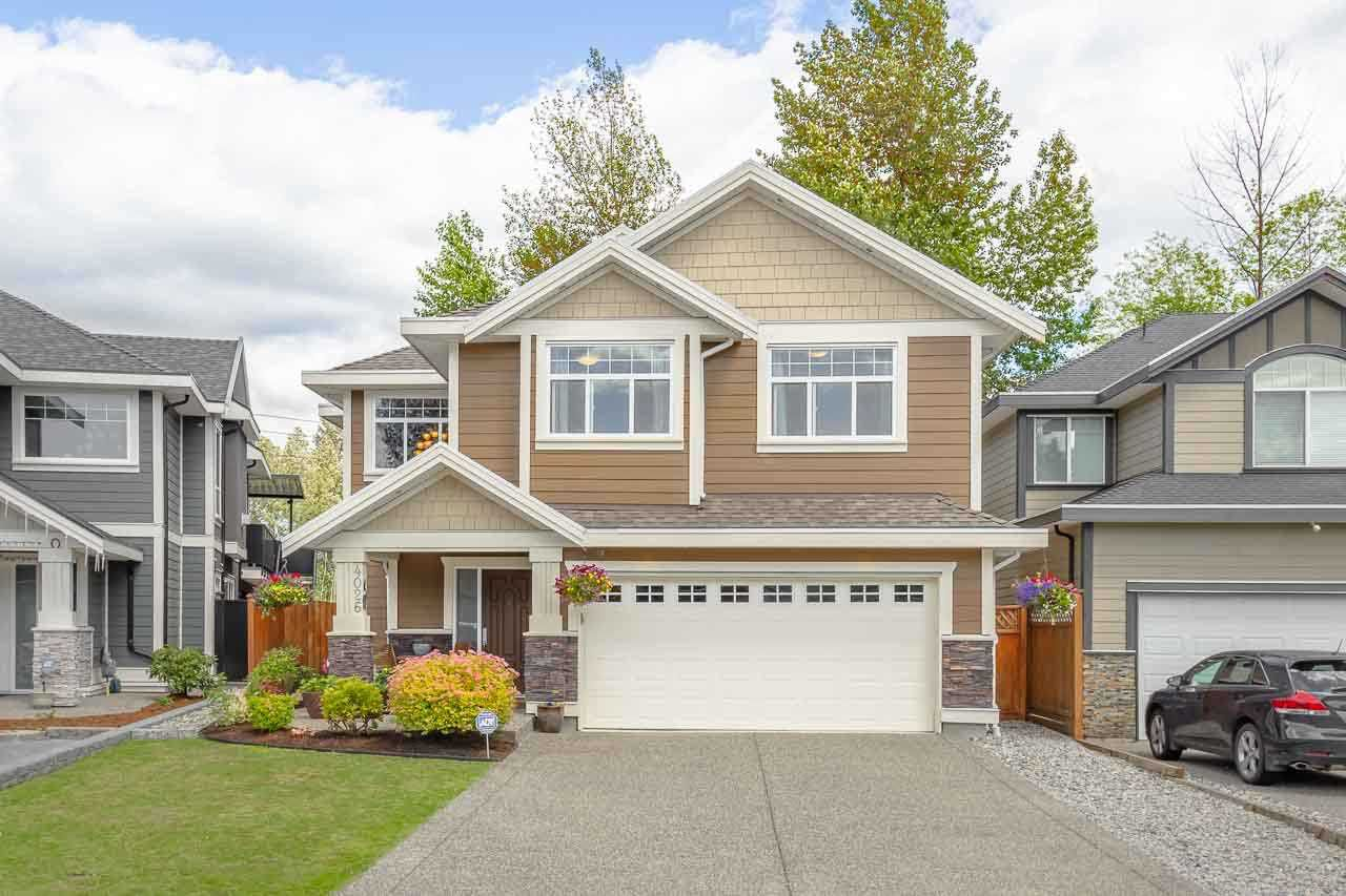 """Main Photo: 4026 JOSEPH Place in Port Coquitlam: Lincoln Park PQ House for sale in """"MINNEKHADA GATE"""" : MLS®# R2279091"""