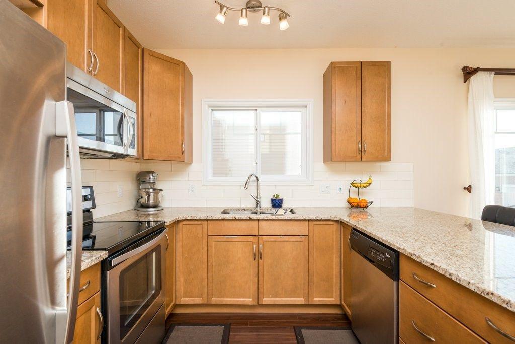Photo 8: Photos: 2667 SIR ARTHUR CURRIE Way in Edmonton: Zone 27 Townhouse for sale : MLS®# E4148182