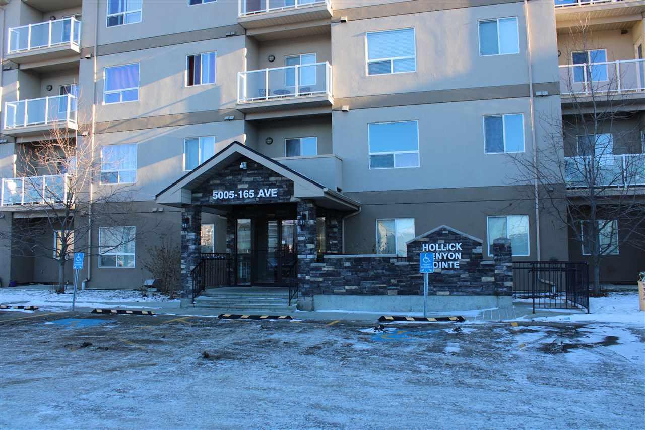 Main Photo:  in Edmonton: Zone 03 Condo for sale : MLS®# E4151340