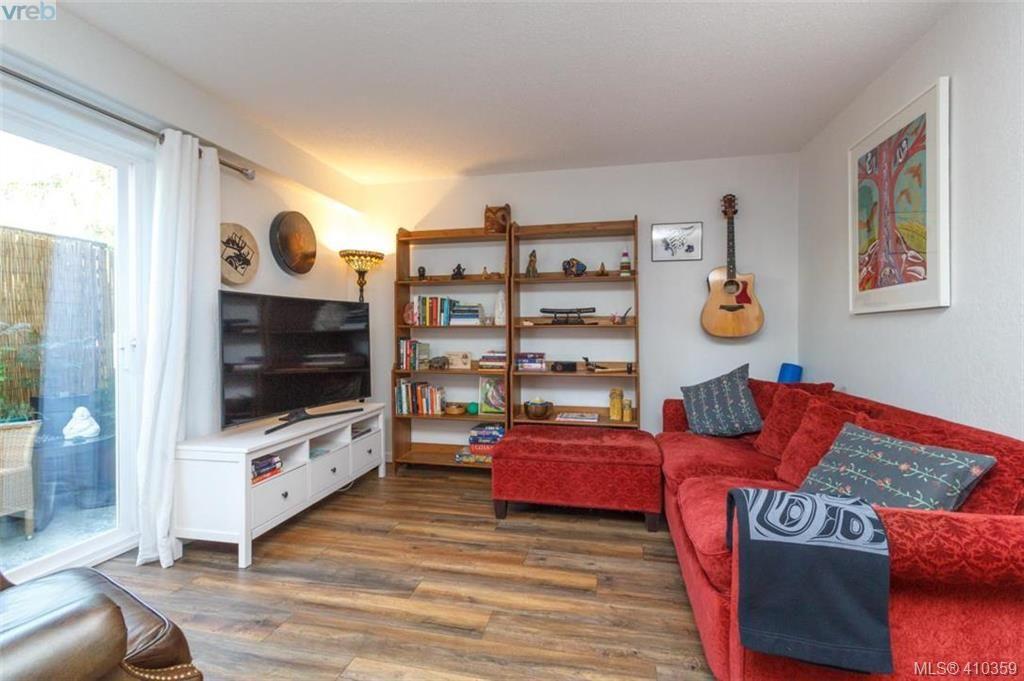 Main Photo: 31 840 Craigflower Road in VICTORIA: Es Kinsmen Park Condo Apartment for sale (Esquimalt)  : MLS®# 410359