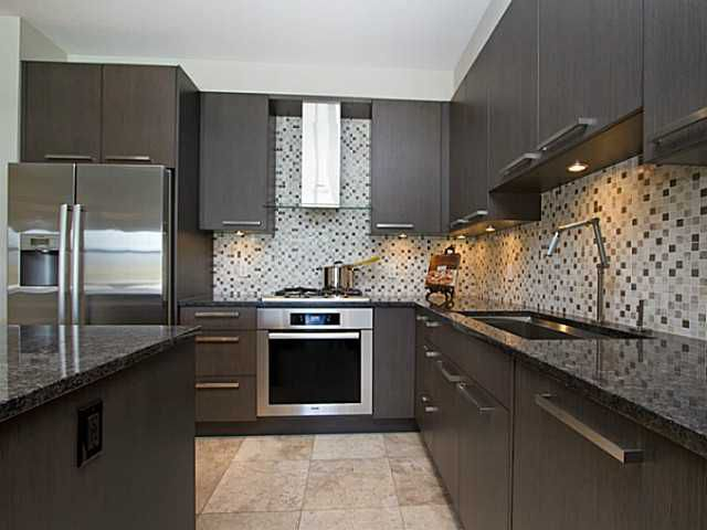 Main Photo: 401 4570 HASTINGS Street in Burnaby: Capitol Hill BN Condo for sale (Burnaby North)  : MLS®# V990726