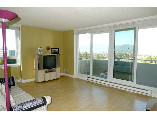 Main Photo: # 901 5652 PATTERSON AV in Burnaby: Central Park BS Condo for sale (Burnaby South)  : MLS®# V976972