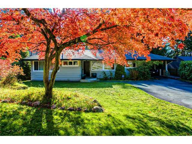 Main Photo: 835 PROSPECT Avenue in North Vancouver: Canyon Heights NV House for sale : MLS®# V1032917