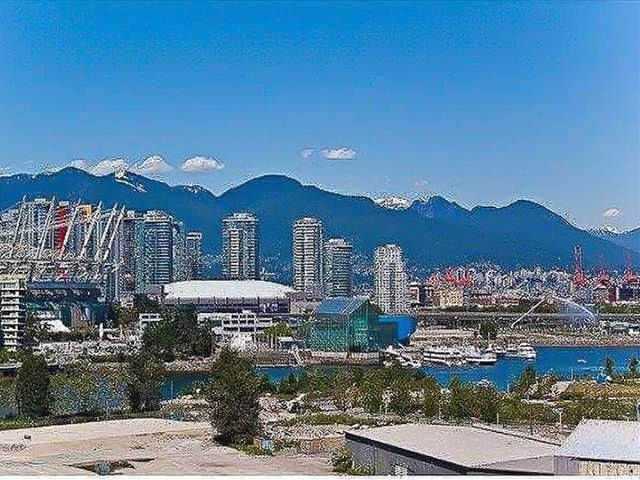 """Main Photo: # 1005 1833 CROWE ST in Vancouver: False Creek Condo for sale in """"FOUNDRY"""" (Vancouver West)  : MLS®# V1042655"""