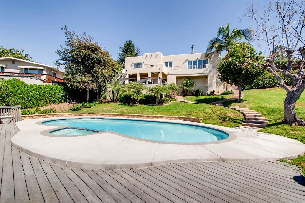 Main Photo: MOUNT HELIX House for sale : 3 bedrooms : 9443 Alto in La Mesa