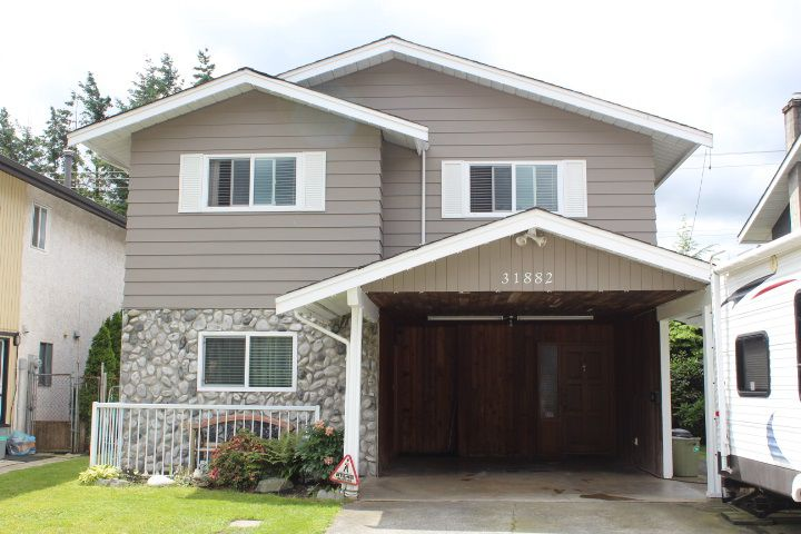 Main Photo: 31882 SATURNA Crescent in Abbotsford: Abbotsford West House for sale : MLS®# R2178786