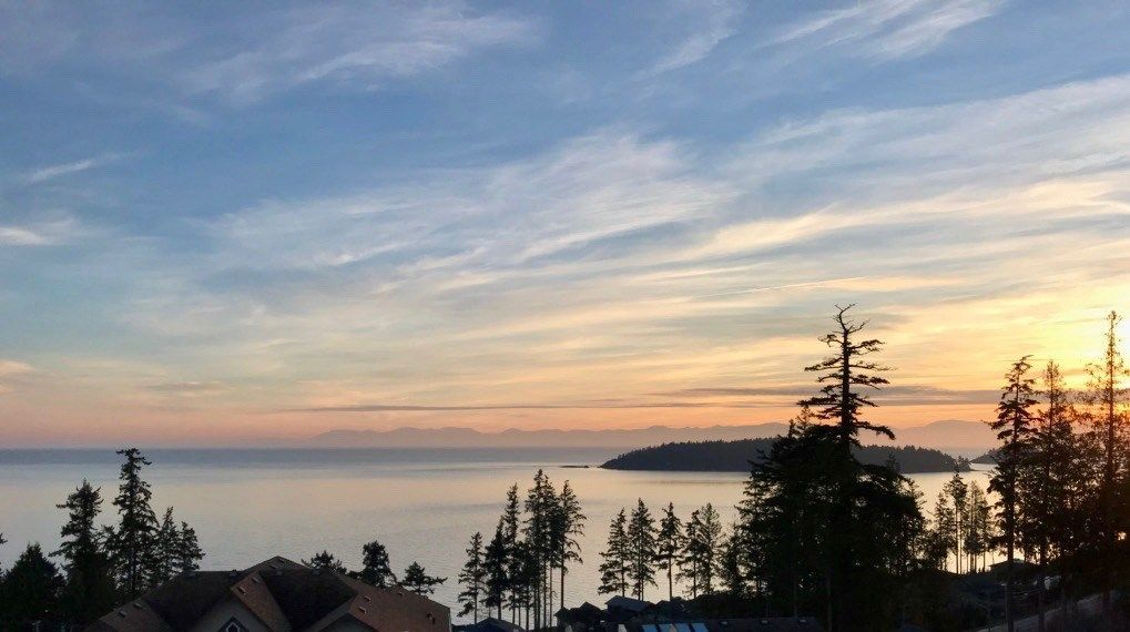 Photo 2: Photos: 5984 COWRIE Street in Sechelt: Sechelt District House for sale (Sunshine Coast)  : MLS®# R2244145