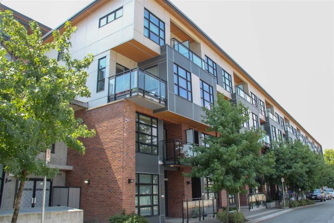 """Main Photo: 2751 SPRING Street in Port Moody: Port Moody Centre Townhouse for sale in """"THE STATION"""" : MLS®# R2291067"""