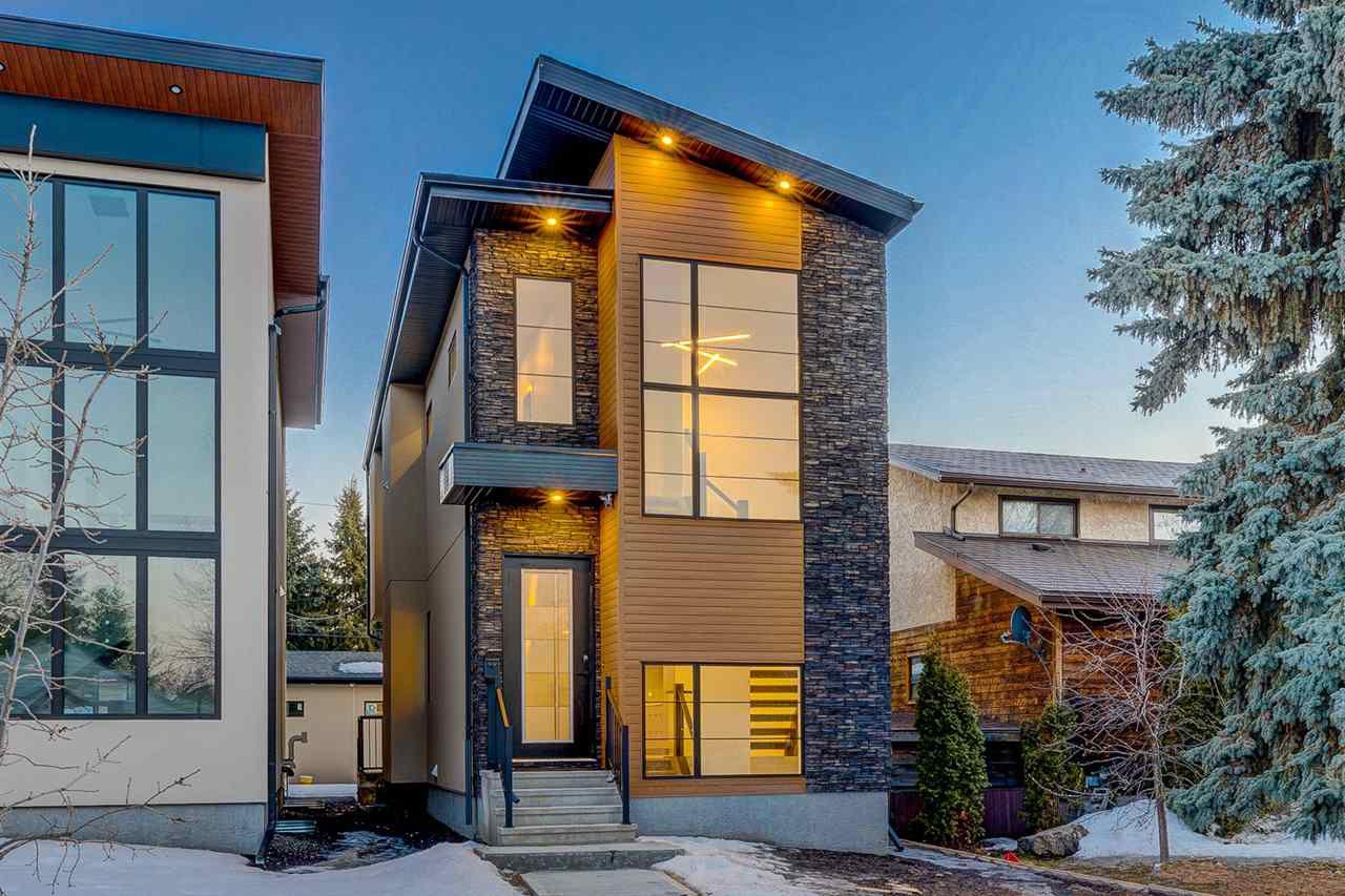 Main Photo: 9325 75 Avenue in Edmonton: Zone 17 House for sale : MLS®# E4148282