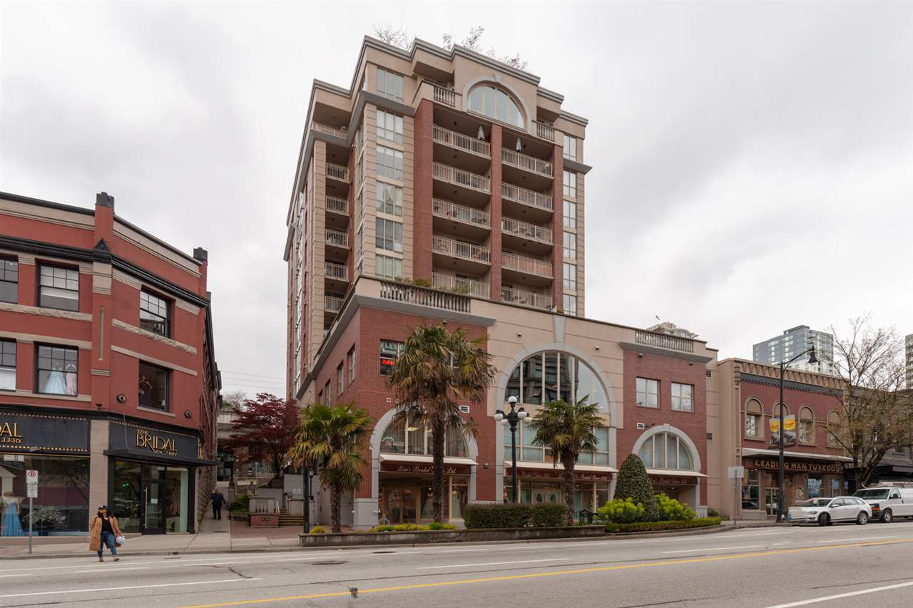 """Main Photo: 1104 680 CLARKSON Street in New Westminster: Downtown NW Condo for sale in """"The Clarkson"""" : MLS®# R2357294"""