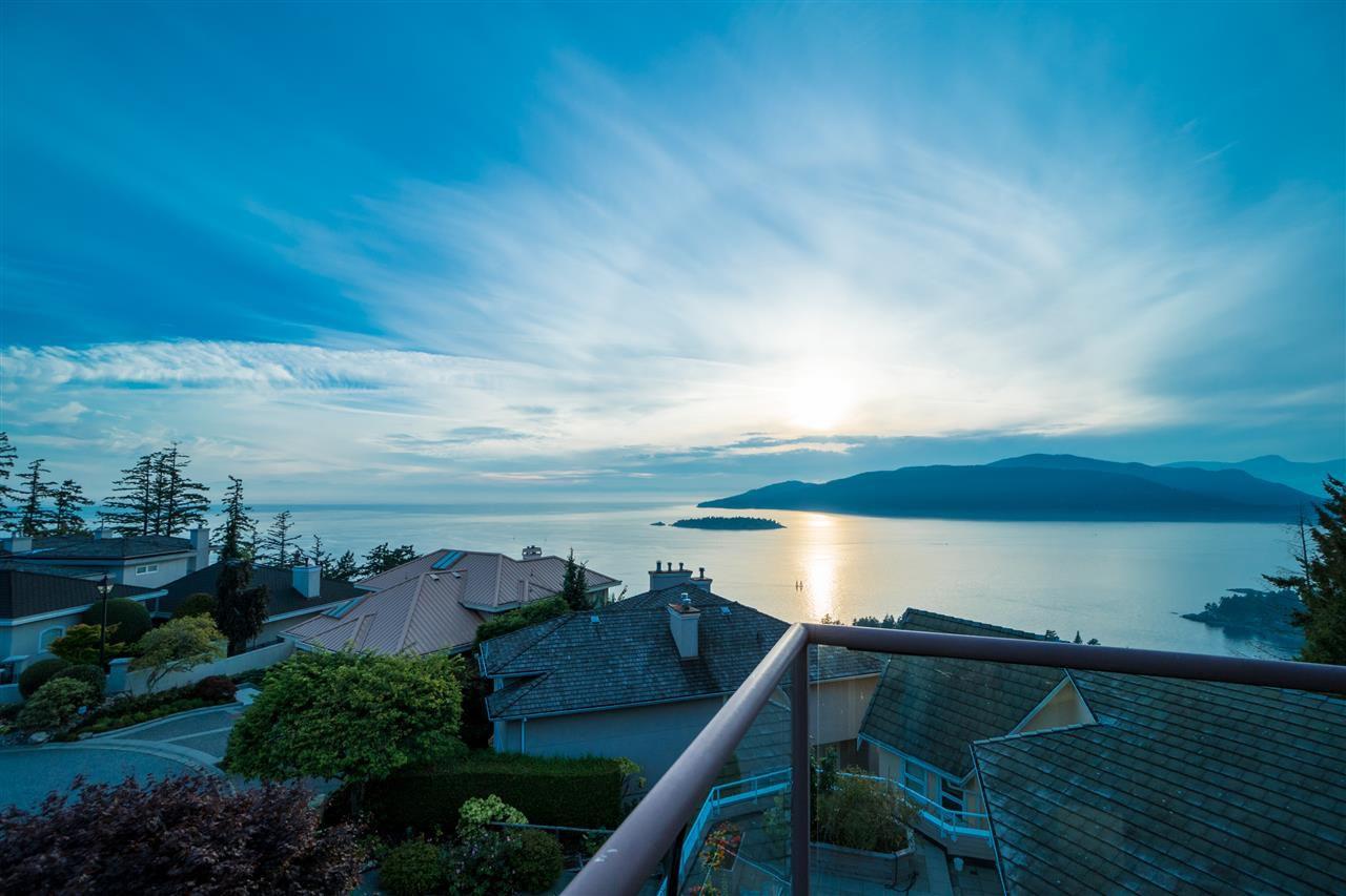 """Main Photo: 5495 WEST VISTA Court in West Vancouver: Upper Caulfeild House for sale in """"UPPER CAULFEILD"""" : MLS®# R2376680"""