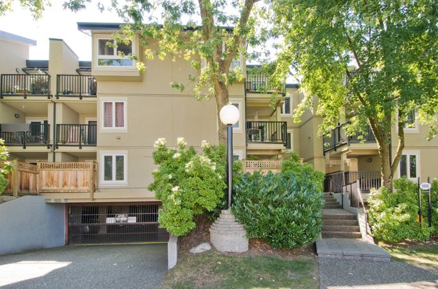 """Main Photo: 306 1450 E 7TH Avenue in Vancouver: Grandview VE Condo for sale in """"Ridgeway Place"""" (Vancouver East)  : MLS®# V892318"""