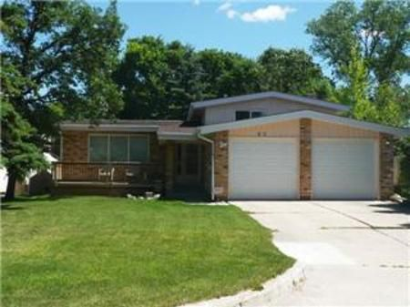 Main Photo: 60 Vincent Massey Blvd.: Residential for sale (Windsor Park)  : MLS®# 1113236