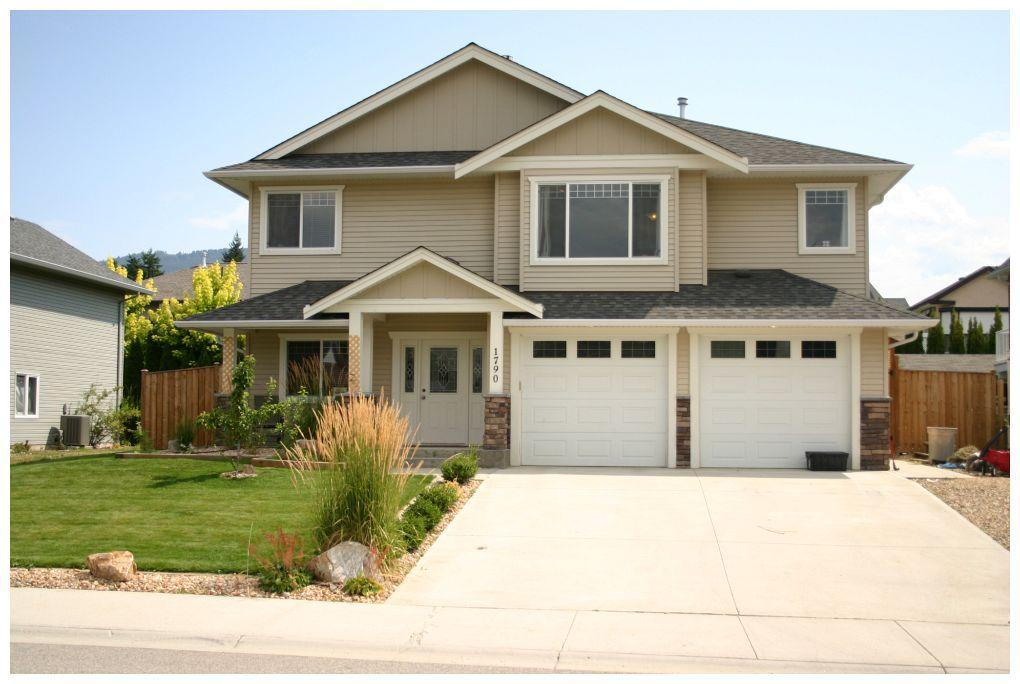 Main Photo: 1790 Northeast 23 Street in Salmon Arm: NE Salmon Arm House for sale (Shuswap/Revelstoke)  : MLS®# 10069474
