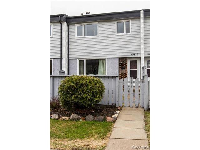 Main Photo: 954 Summerside Avenue in WINNIPEG: Fort Garry / Whyte Ridge / St Norbert Condominium for sale (South Winnipeg)  : MLS®# 1501730