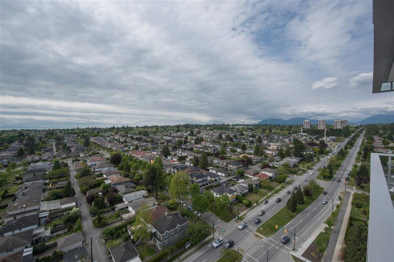 "Main Photo: 2102 8031 NUNAVUT Lane in Vancouver: Marpole Condo for sale in ""MC2"" (Vancouver West)  : MLS®# R2064796"