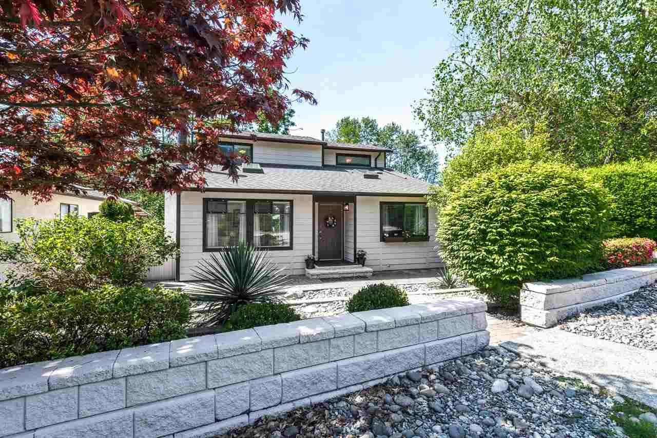 Main Photo: 352 IOCO Road in Port Moody: North Shore Pt Moody House for sale : MLS®# R2065003