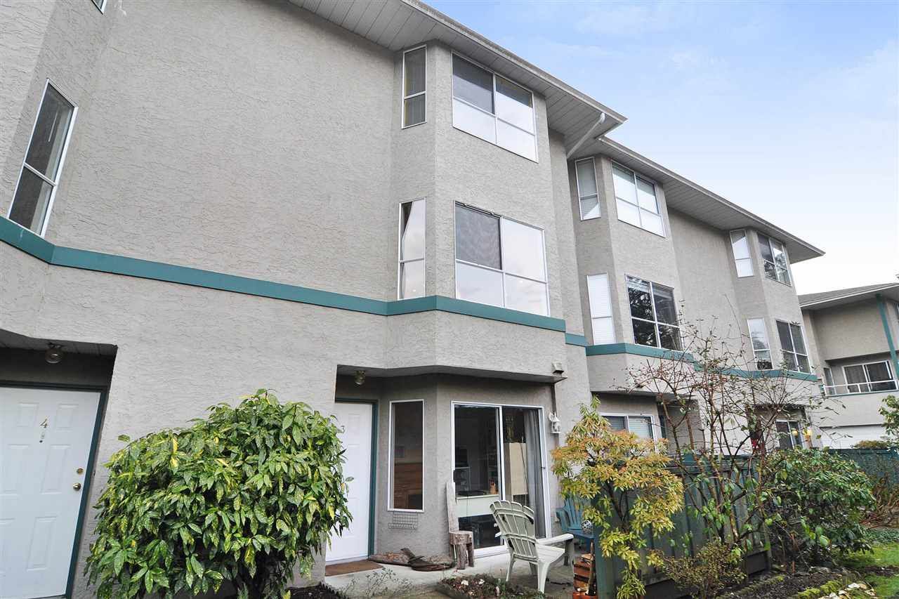 "Main Photo: 3 3476 COAST MERIDIAN Road in Port Coquitlam: Lincoln Park PQ Townhouse for sale in ""LAURIER MEWS"" : MLS®# R2229649"