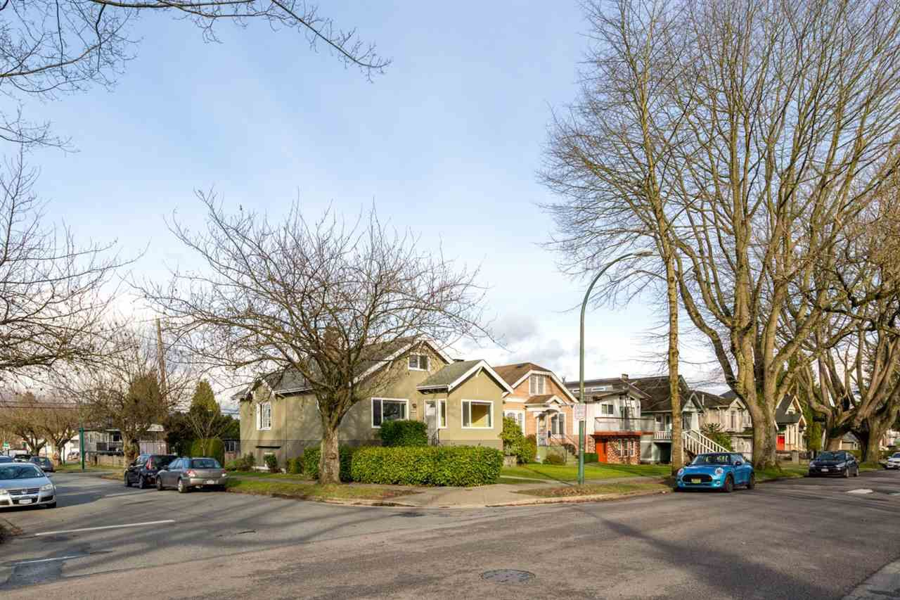 Main Photo: 2203 E 2ND AVENUE in Vancouver: Grandview VE House for sale (Vancouver East)  : MLS®# R2240985