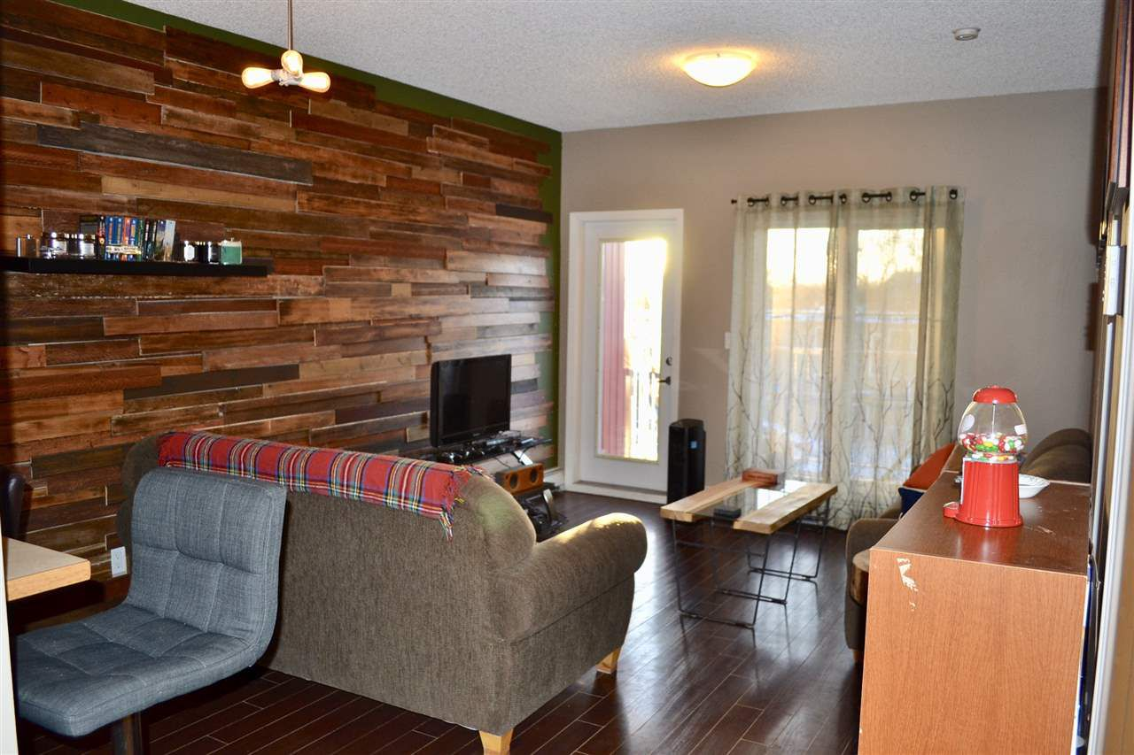 Main Photo: 304 11107 108 Avenue in Edmonton: Zone 08 Condo for sale : MLS®# E4097679
