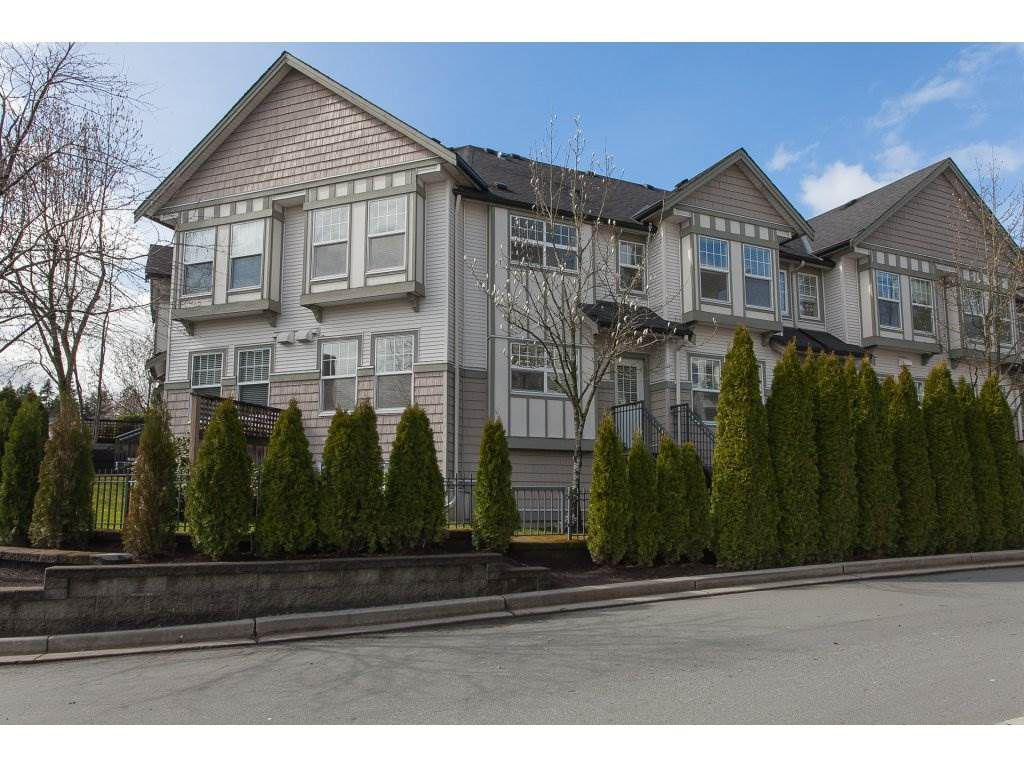 Main Photo: 34 8638 159TH Street in Surrey: Fleetwood Tynehead Townhouse for sale : MLS®# R2251460