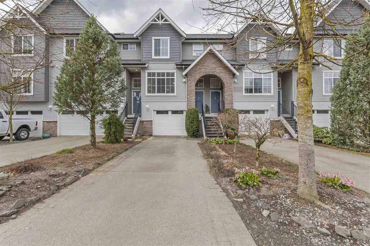 """Main Photo: 3 5965 JINKERSON Road in Sardis: Promontory Townhouse for sale in """"Eagle View Ridge"""" : MLS®# R2253864"""