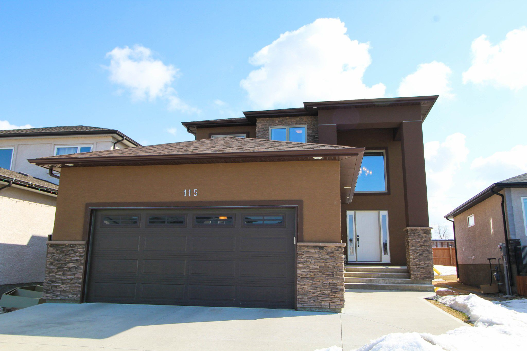 Main Photo: Newer Bridgewood Estates Family Home For Sale In Winnipeg