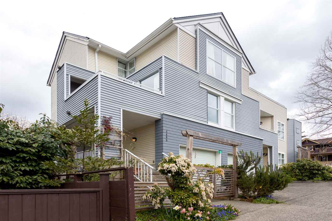 """Main Photo: 1485 KITCHENER Street in Vancouver: Grandview VE Townhouse for sale in """"COMMERCIAL DRIVE"""" (Vancouver East)  : MLS®# R2254867"""