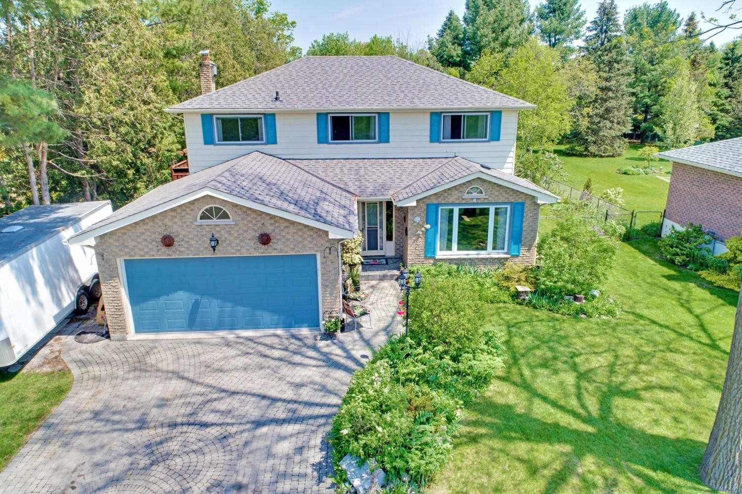 Main Photo: 77 Park Avenue in East Gwillimbury: Holland Landing House (2-Storey) for sale : MLS®# N4476126