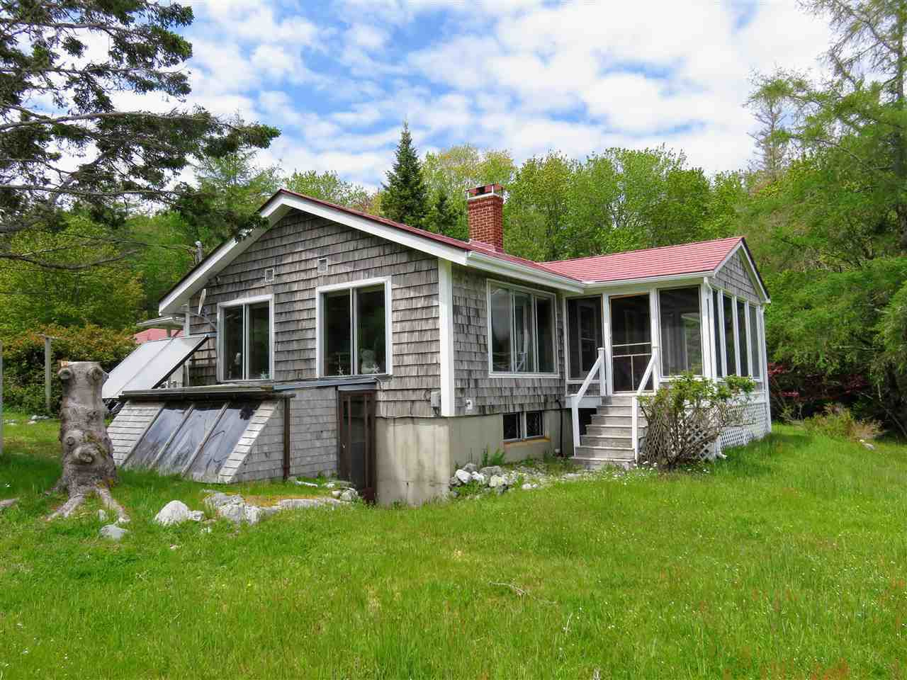Main Photo: 1931 SHORE Road in Carleton Village: 407-Shelburne County Residential for sale (South Shore)  : MLS®# 201915322