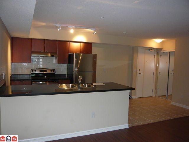Main Photo: # 301 10092 148TH ST in Surrey: Guildford Condo for sale (North Surrey)  : MLS®# F1213342