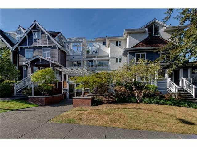 """Main Photo: PH22 2175 W 3RD Avenue in Vancouver: Kitsilano Condo for sale in """"SEA BREEZE"""" (Vancouver West)  : MLS®# V1140855"""