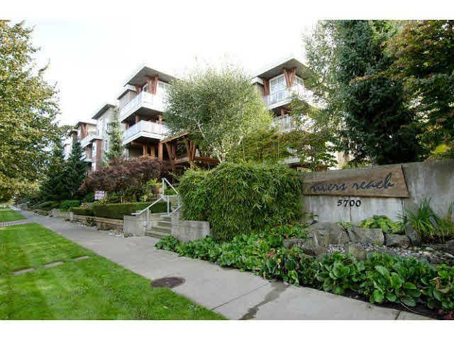 """Main Photo: 420 5700 ANDREWS Road in Richmond: Steveston South Condo for sale in """"RIVERS REACH"""" : MLS®# V1143363"""