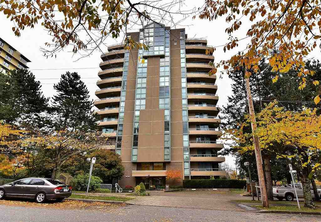 "Main Photo: 820 7288 ACORN Avenue in Burnaby: Highgate Condo for sale in ""THE DUNHILL"" (Burnaby South)  : MLS®# R2120108"