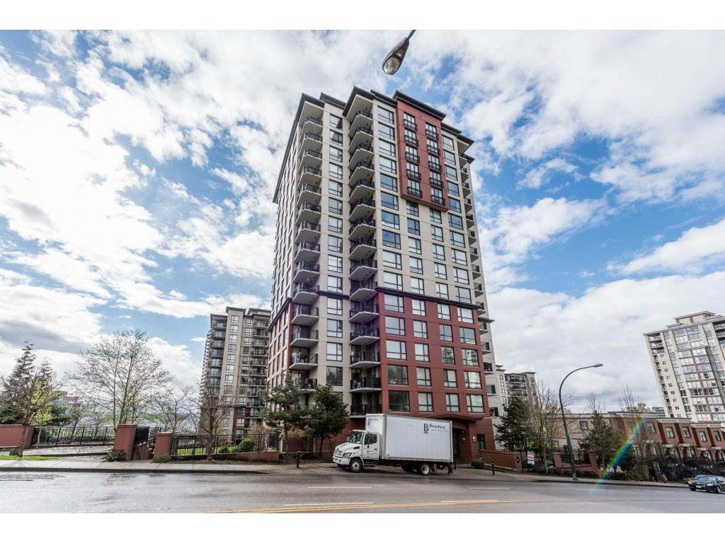 "Main Photo: 605 814 ROYAL Avenue in New Westminster: Downtown NW Condo for sale in ""THE NEWS"" : MLS®# R2156510"