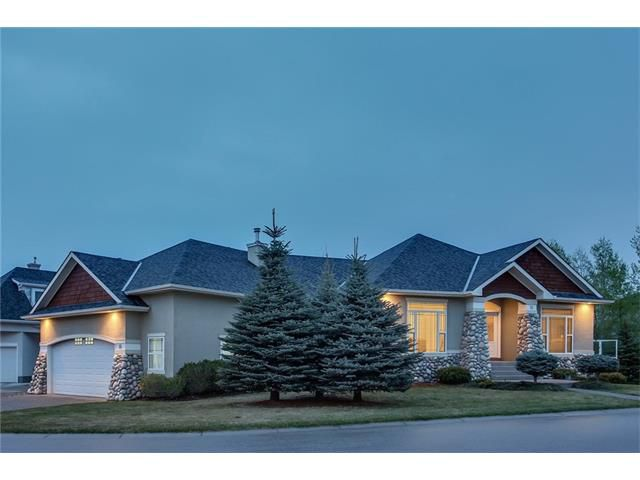 Main Photo: 16 DISCOVERY Rise SW in Calgary: Discovery Ridge House for sale : MLS®# C4115583