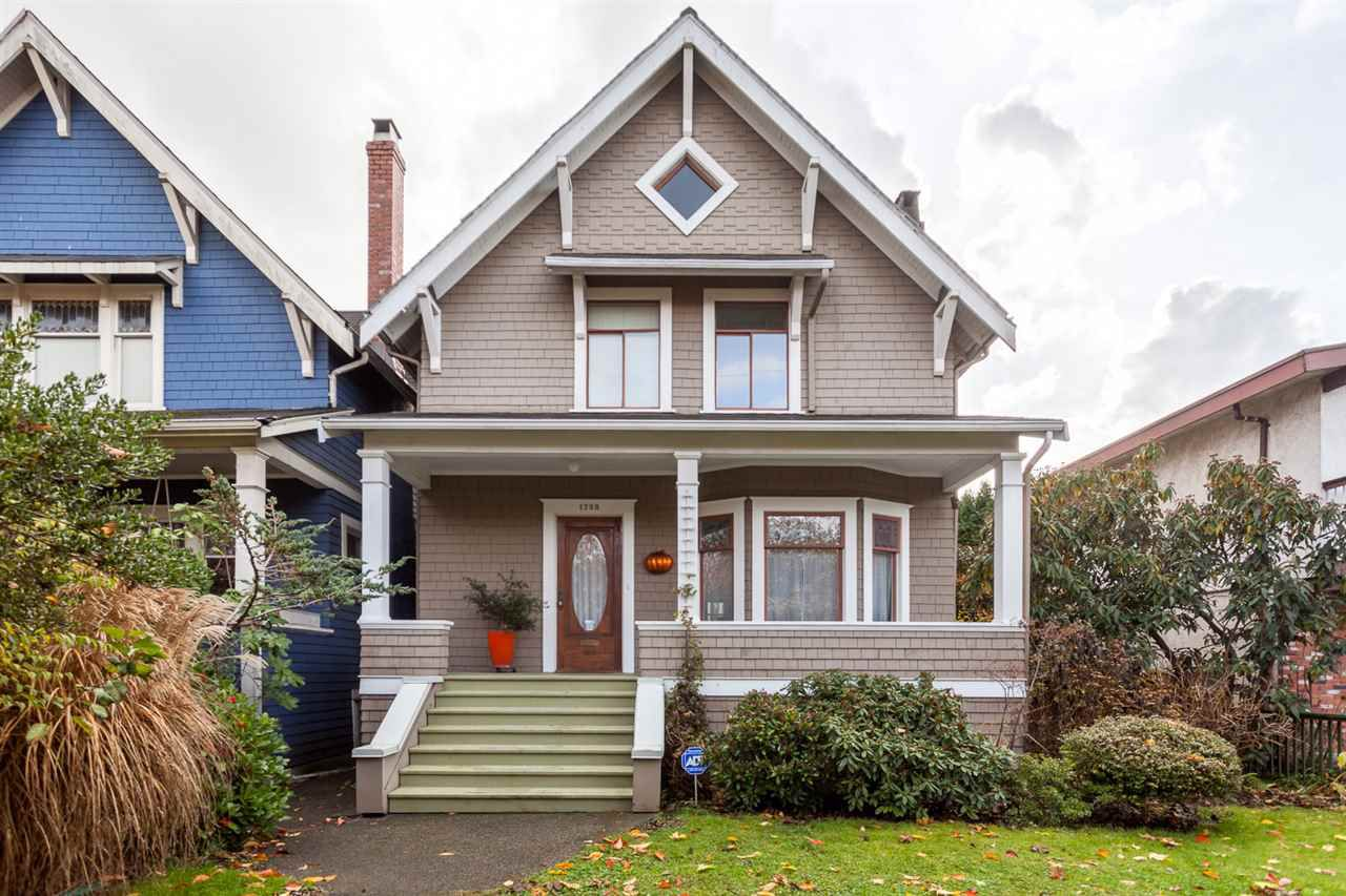 "Main Photo: 1738 CHARLES Street in Vancouver: Grandview VE House for sale in ""COMMERCIAL DRIVE"" (Vancouver East)  : MLS®# R2223447"