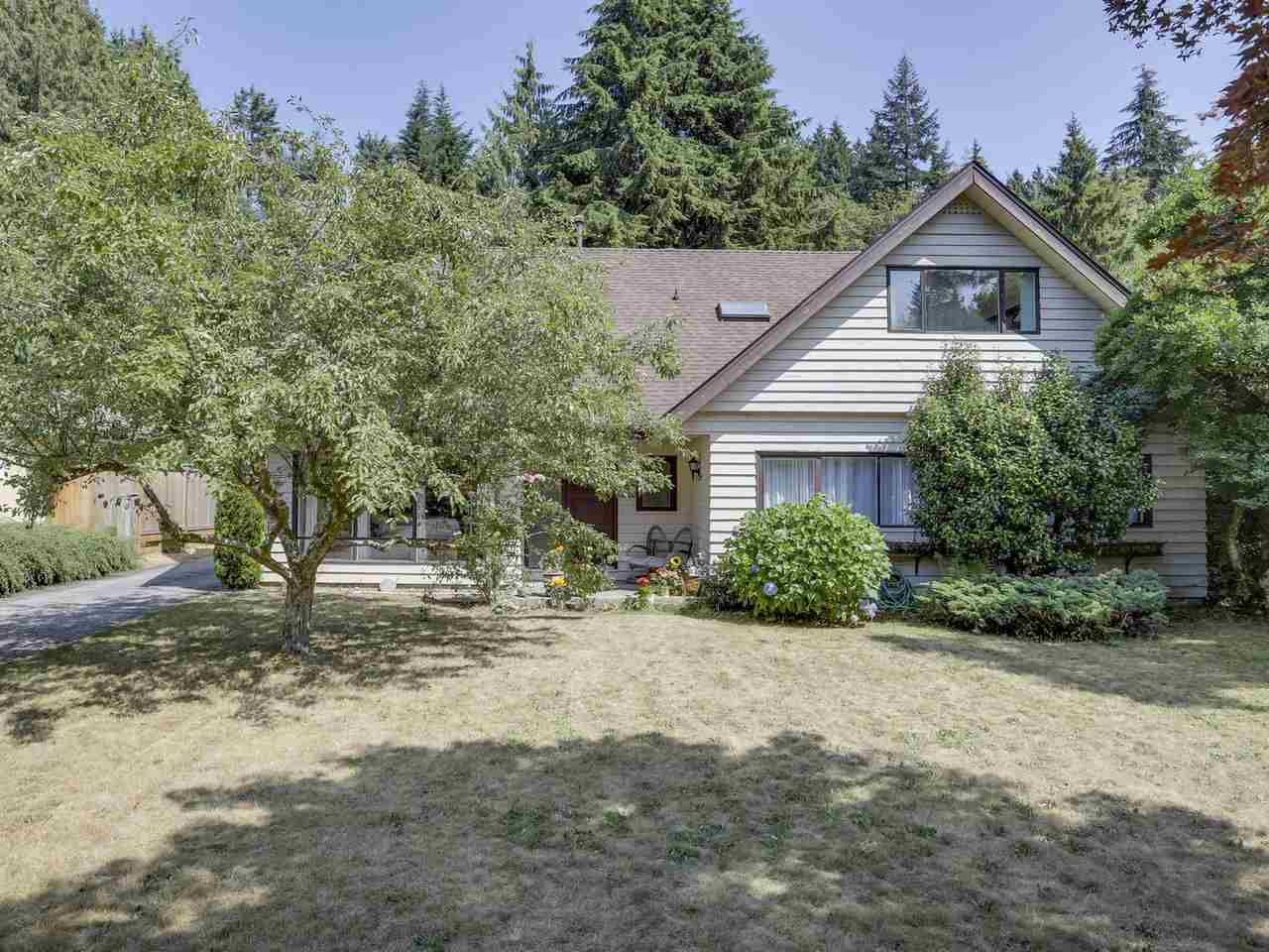 Main Photo: 5730 CRANLEY Drive in West Vancouver: Eagle Harbour House for sale : MLS®# R2293424