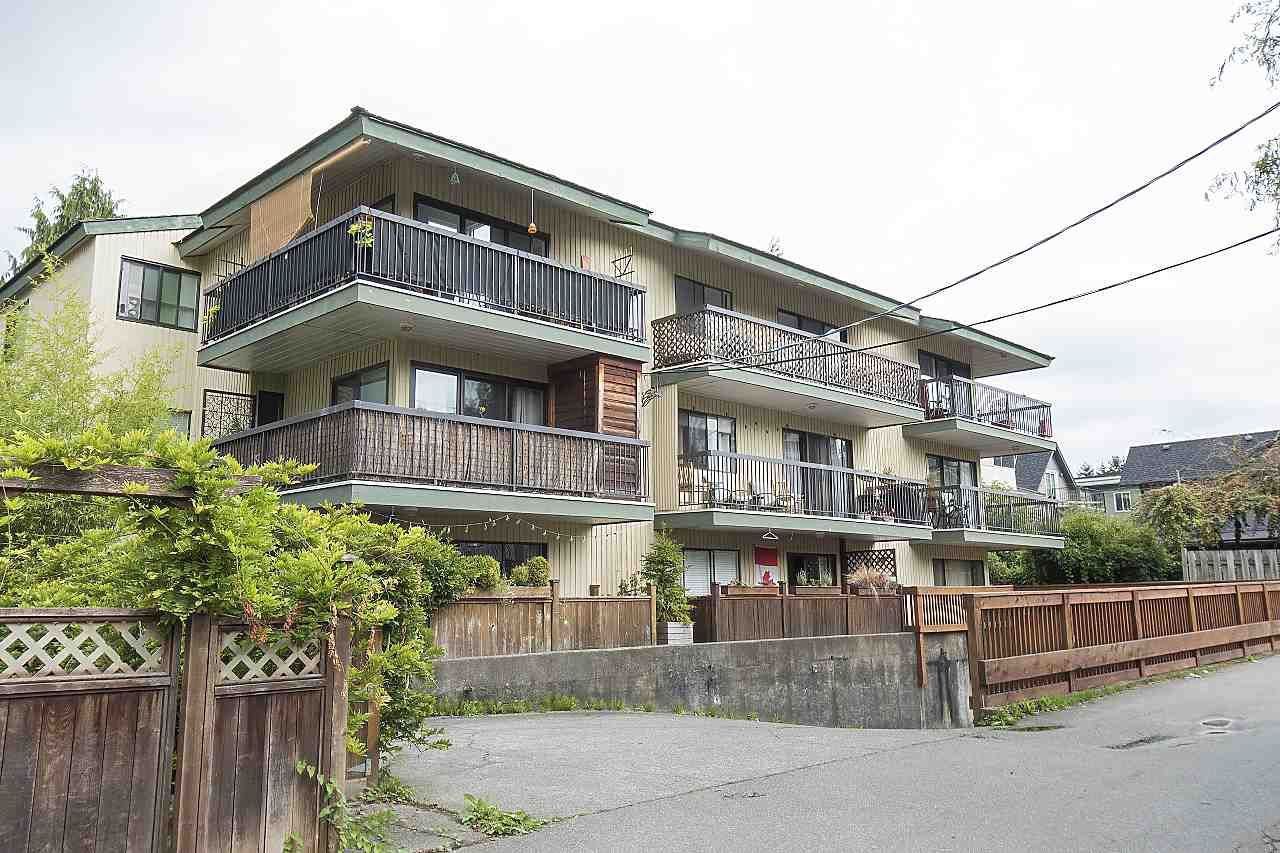 "Main Photo: 204 1622 FRANCES Street in Vancouver: Hastings Condo for sale in ""Frances Place"" (Vancouver East)  : MLS®# R2306534"