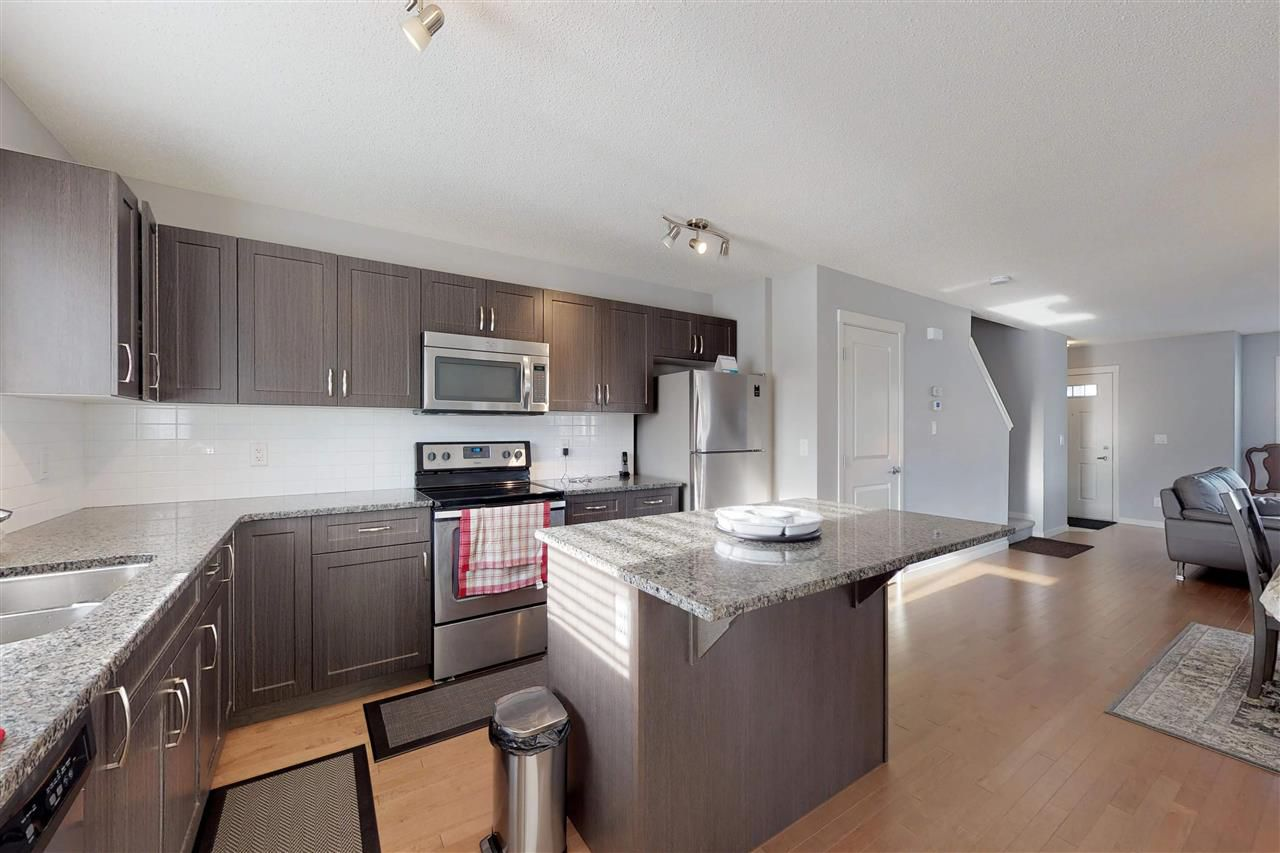 Photo 9: Photos: 5203 20 Ave in Edmonton: Zone 53 House Half Duplex for sale : MLS®# E4136572