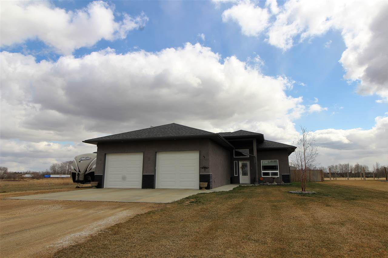 Main Photo: 7 Evergreen Close: Wetaskiwin House for sale : MLS®# E4145029