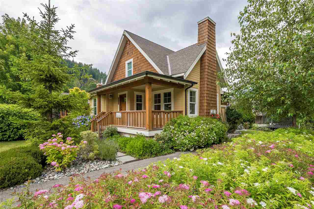 "Main Photo: 1858 BLACKBERRY Lane: Lindell Beach House for sale in ""THE COTTAGES AT CULTUS LAKE"" (Cultus Lake)  : MLS®# R2384495"