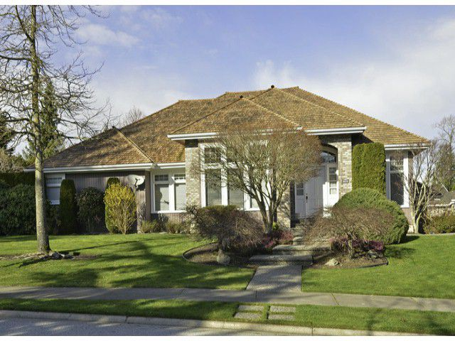 "Main Photo: 3472 CANTERBURY Drive in Surrey: Morgan Creek House for sale in ""Morgan Creek"" (South Surrey White Rock)  : MLS®# F1406566"