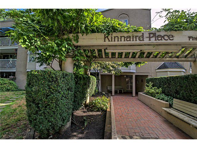 """Main Photo: 419 65 FIRST Street in New Westminster: Downtown NW Condo for sale in """"KINNAIRD PLACE"""" : MLS®# V1090681"""