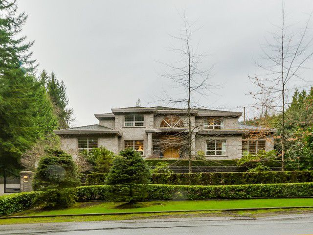 Main Photo: 385 SOUTHBOROUGH Drive in West Vancouver: British Properties House for sale : MLS®# V1110775