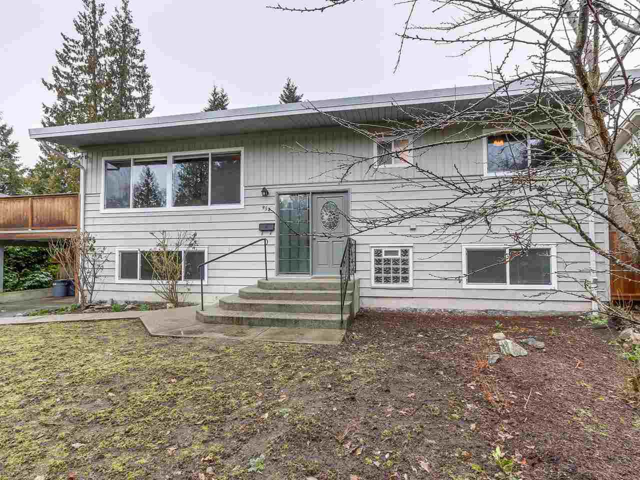 Main Photo: 954 GLENORA Avenue in North Vancouver: Edgemont House for sale : MLS®# R2143724