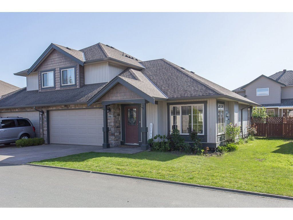 """Main Photo: 66 44523 MCLAREN Drive in Sardis: Vedder S Watson-Promontory Townhouse for sale in """"THE GROVE IN WEBSTERS LANDING"""" : MLS®# R2262250"""
