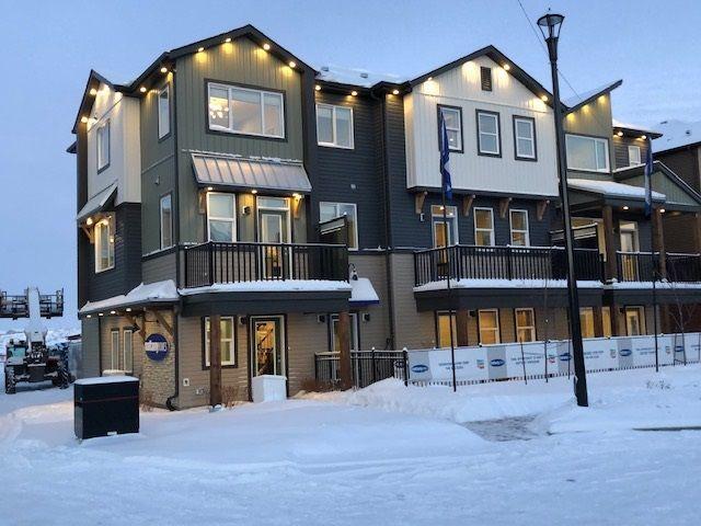 Main Photo: 93 16903 68 Street in Edmonton: Zone 28 Townhouse for sale : MLS®# E4143391