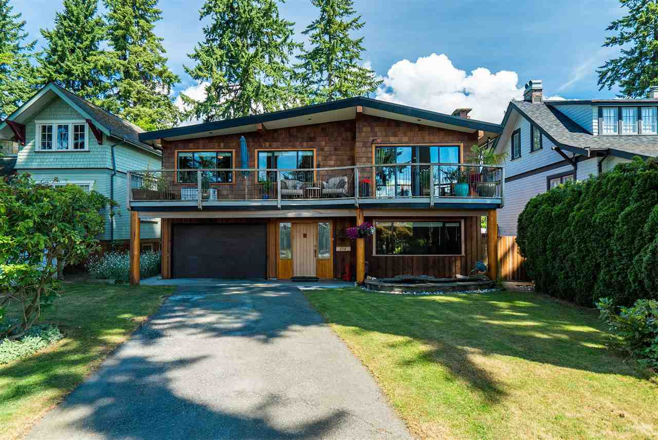 """Main Photo: 838 CUMBERLAND Crescent in North Vancouver: Mosquito Creek House for sale in """"HAMILTON Heights"""" : MLS®# R2384262"""