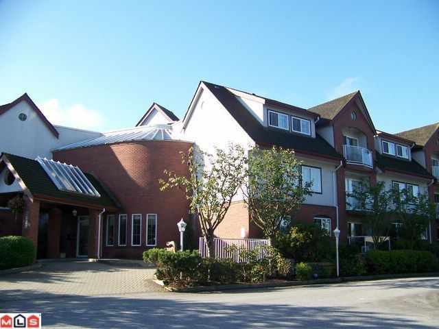 """Main Photo: 102 2229 152ND Street in Surrey: Sunnyside Park Surrey Condo for sale in """"Semiahmoo Court"""" (South Surrey White Rock)  : MLS®# F1113300"""